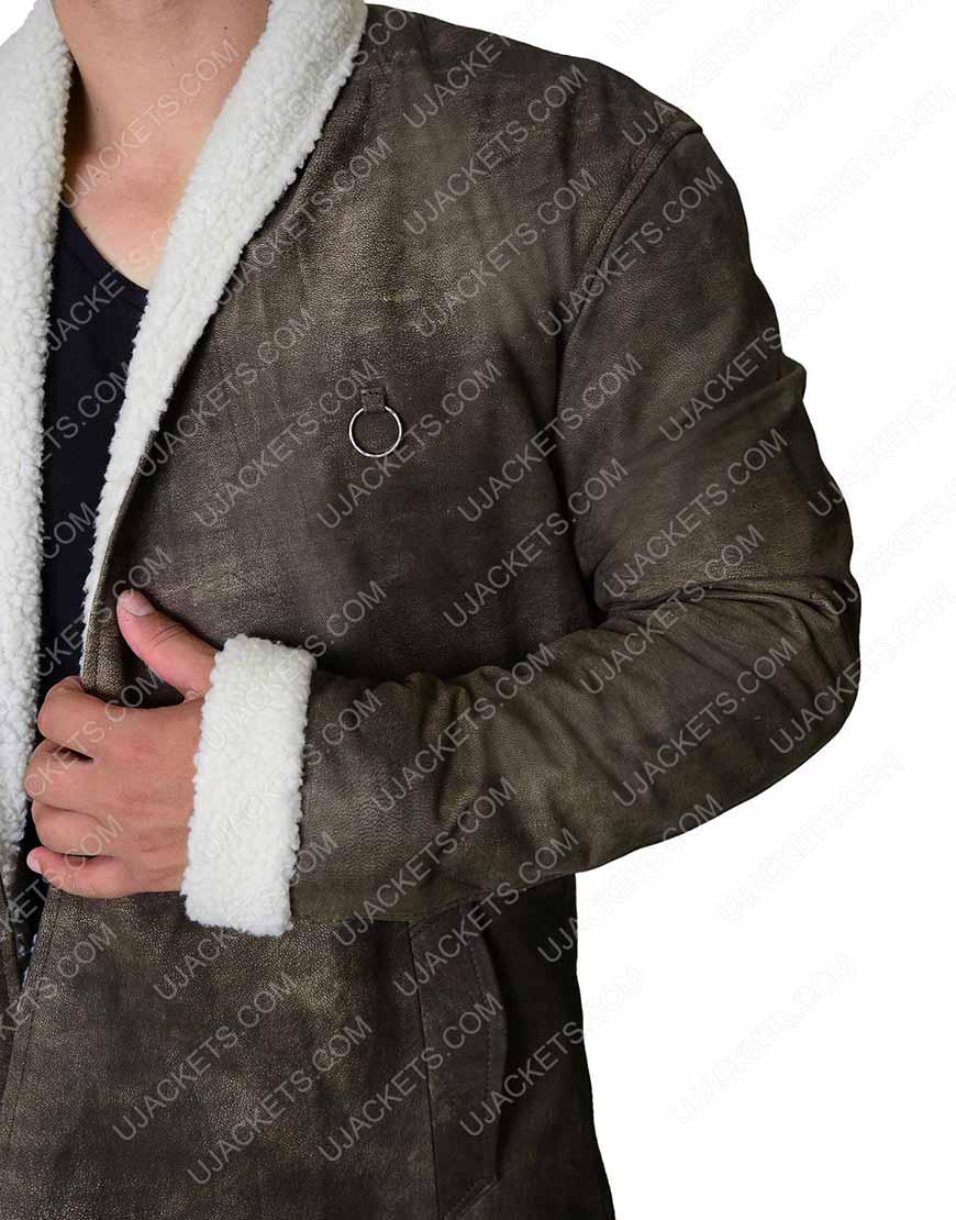 egend of the sword charlie hunnam coat