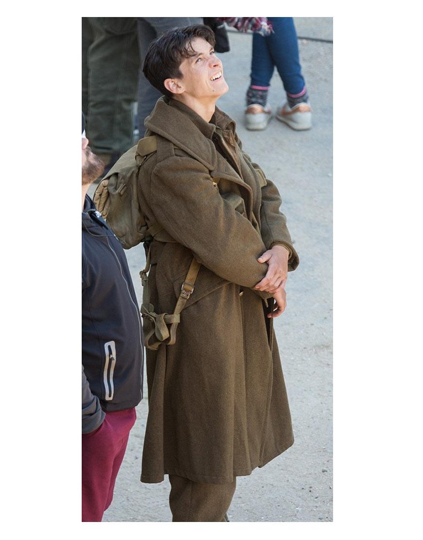 dunkirk-cillian-murphy-coat