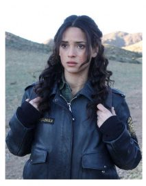 emerald-city-adria-arjona-jacket