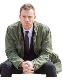 t2-trainspotting-ewan-mcgregor-green-jacket