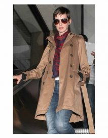 anne hathaway brown coat