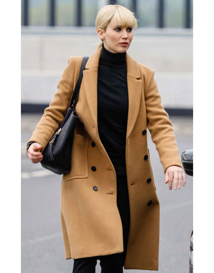 dominika egorova coat