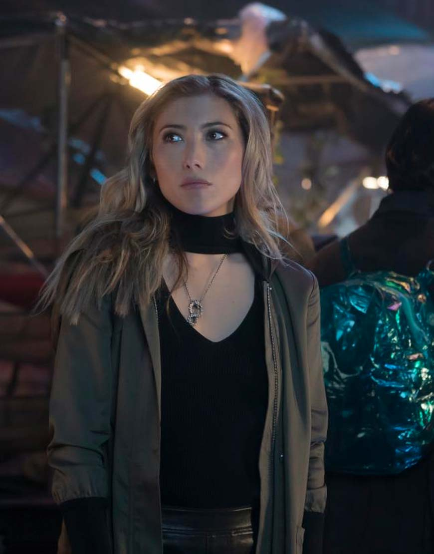 altered carbon dichen lachman coat