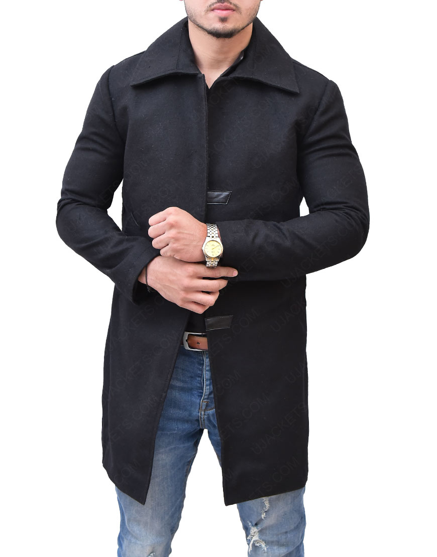Mortal Engines Hugo Weaving Valentine Coat
