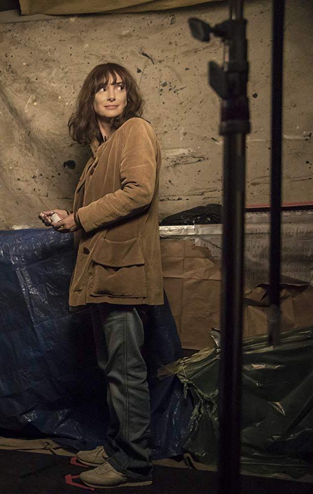 Winona Ryder Joyce Byers coat