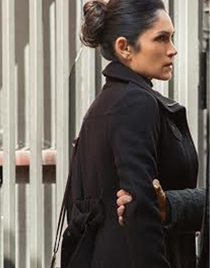 Power-Angela-Valdes-Lela-Loren-Coat