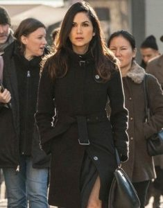 Power-Angela-Valdes-Lela-Loren-Trench-Coat
