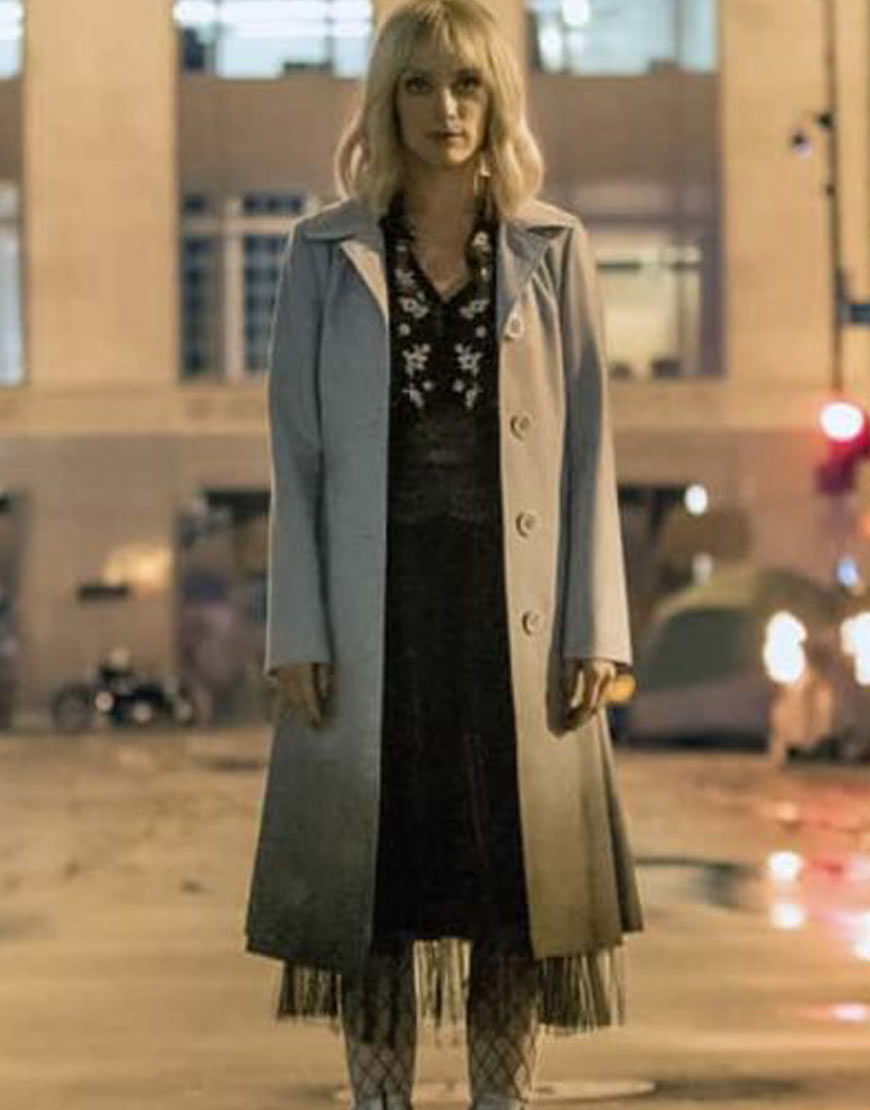 Batwoman-Alice-Coat