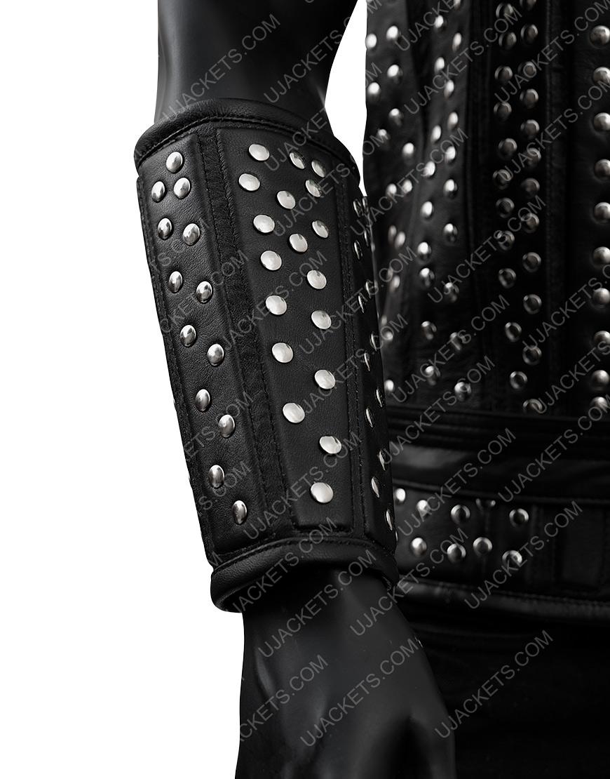 Geralt-of-Rivia-The-Witcher-Tv-Series-Black-Jacket
