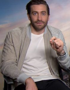 Jake-Gyllenhaal-Interview-Ivory-White-Floral-Pattern-Jacket
