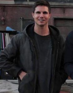 code-8-connor-hoodie-jacket