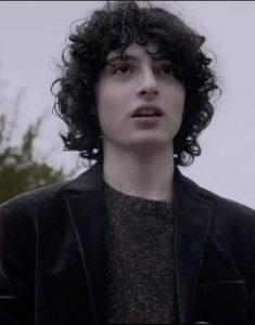 the-turning-finn-wolfhard-black-coat