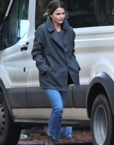 Keri-Russell_-Filming-Antlers-in-Hope