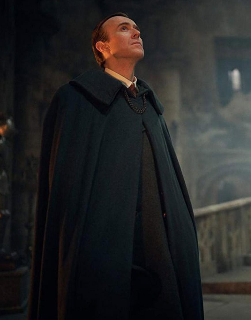 dracula-black-cape