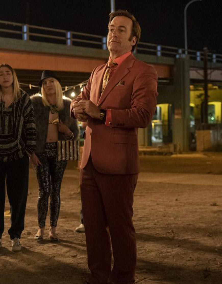 Better-Call-Saul-Season-5--Bob-Odenkirk-suit