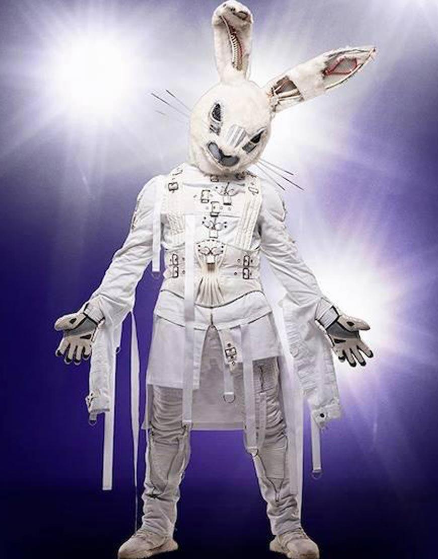 Joey-Fatone-White-Leather-Belted-Jacket