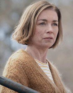 Julianne-Nicholson-The-Ousider-S01-E01-Woolen-Coat