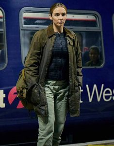 Killing-Eve-Jodie-Comer-Coat