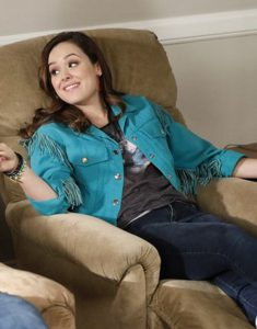 the-goldbergs-erica-goldberg-blue-jacket