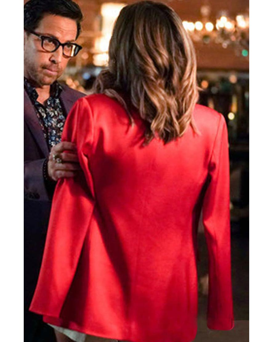 noa-hamiltion-red-coat