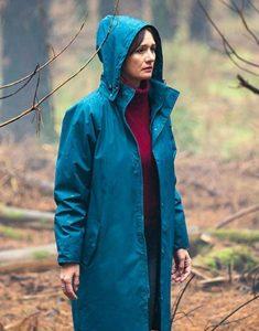 Emily-Mortimer-Relic-Coat
