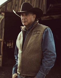 Kevin-Costner-Yellowstone-S03-John-Dutton-Vest