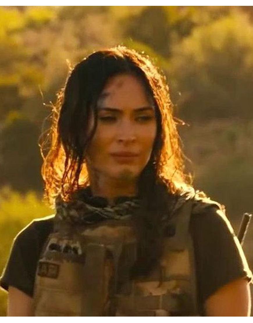 Rogue-Megan-Fox-Vest-Samantha-O'Harag
