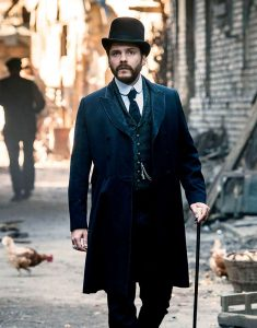 The-Alienist-Angel-of-Darkness-Daniel-Brühl-coat