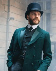 The-Alienist-Angel-of-Darkness-Daniel-Laszlo-coat