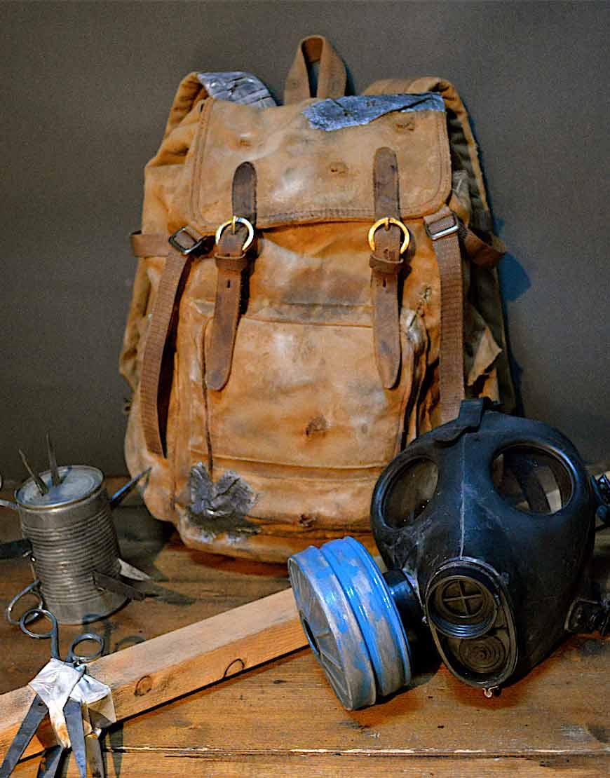 The-Last-Of-Us-2-Joels-brown-Backpack