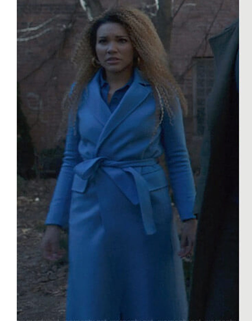 The-Umbrella-Academy-Emmy-Raver-Blue-Coat