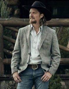 Yellowstone-S03-Kayce-Dutton-Blazer