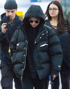 selena-gomez-black-puff-jacket