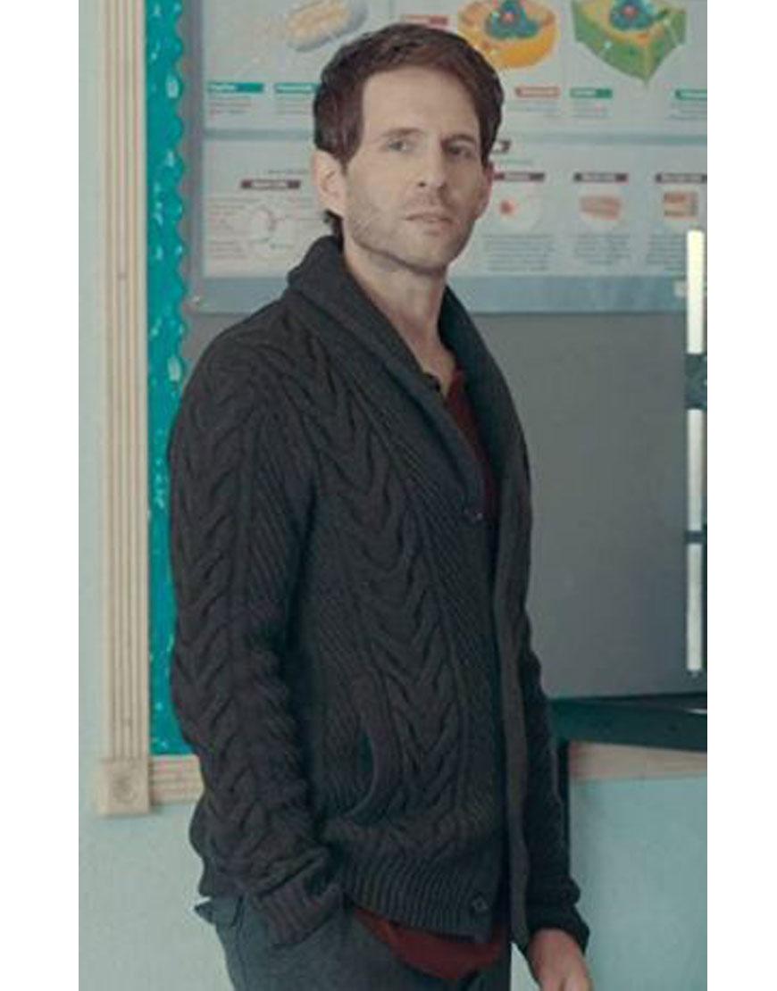 A.P.-Bio-Season-3-Glenn-Howerton-Black-Sweater