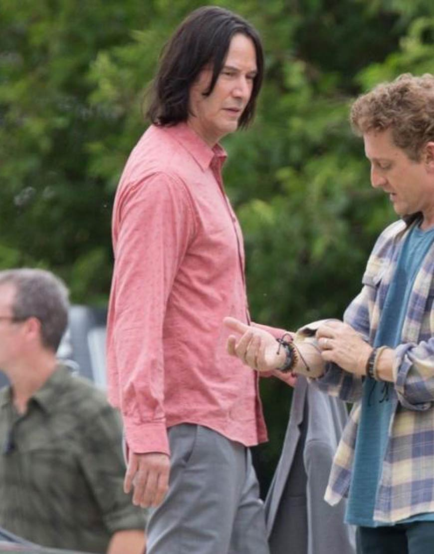 Bill-&-Ted-Face-the-Music-Keanu-Reeves-Pink-Shirt