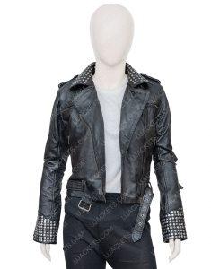 Maggie Civantos Vis a Vis El Oasis Fringe Style Macarena Ferreiro Jacket