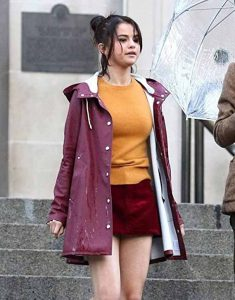 A-Rainy-Day-In-Newyork-Selena-Gomez-Coat
