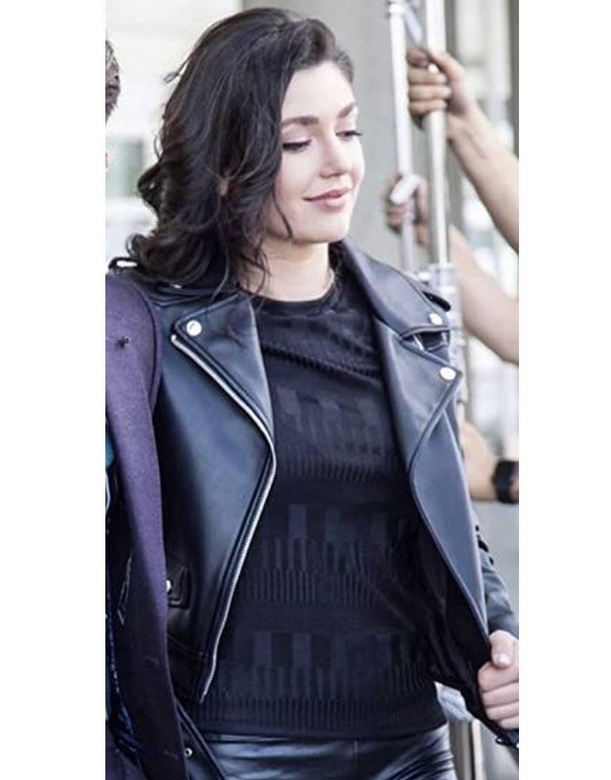 Follow-Me-Emilia-Ares-Jacket