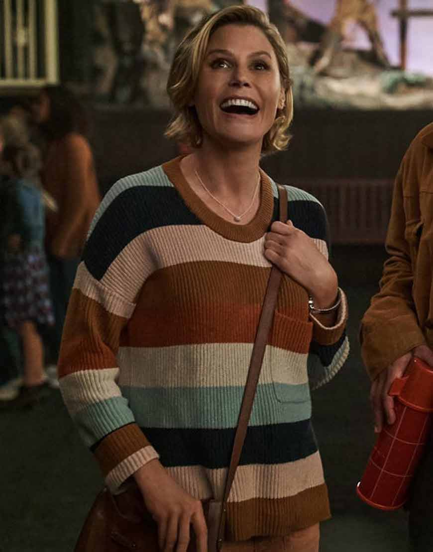 Hubie-Halloween-Julie-Bowen-Sweatshirt