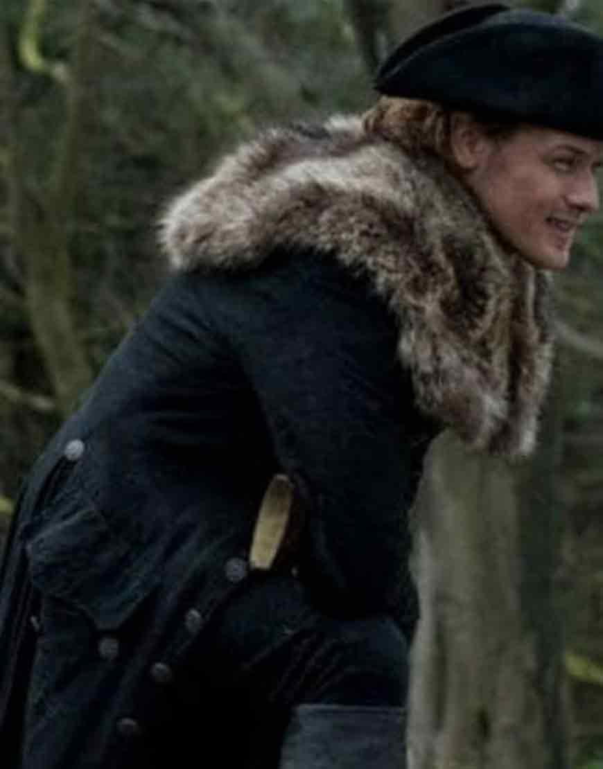 Outlander-S4-Jamie-Fraser-Fur-Coat