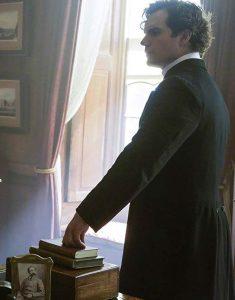 Sherlock-Holmes-Enola-Holmes-Henry-Cavill-Coat