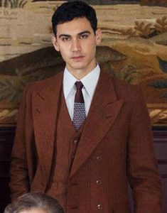 Someone-Has-to-Die-Alejandro-Speitzer-Brown-Suit