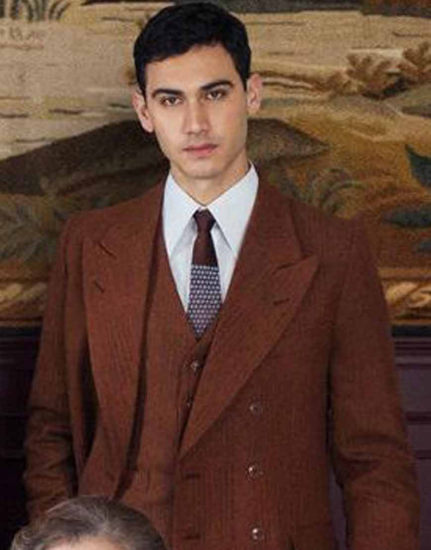 Someone-Has-to-Die-Alejandro-Speitzer-Brown-Suit