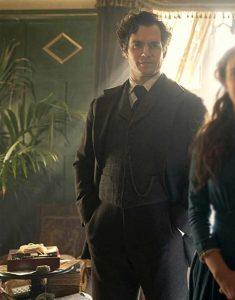 enola-Holmes-Sherlock-Holmes-Suit