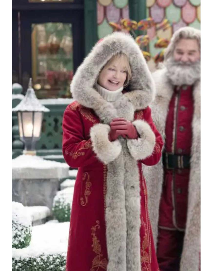 the-christmas-chronicles-2-goldie-hawn-red-wool-coat