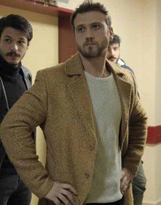 Çukur-Season-4-Aras-Bulut-Iynemli-Shearling-Coat