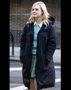 A-Rainy-Day-in-New-York-Elle-Fanning-black-coat