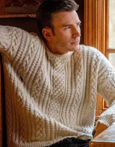 Chris-Evans-Knives-Out-Whitet-Sweater