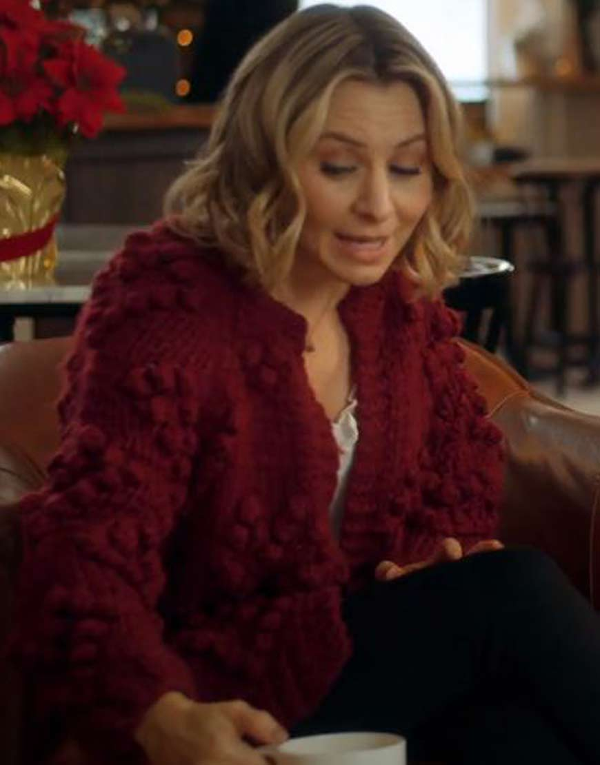 Christmas-Beverley-Mitchell-Phoebe-Saunders-Sweater