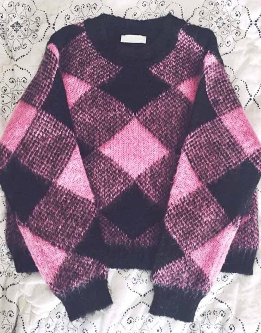 Emily-In-Paris-Emily-Sweater